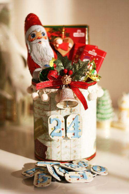 クリスマス缶お菓子